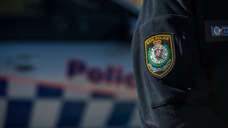 Victorian man allegedly travelled to NSW to abuse young girl five times