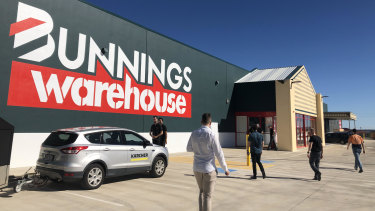 Wesfarmers-owned Bunnings could see a dent in sales due to low trade activity in smoke-affected areas, analysts predict.