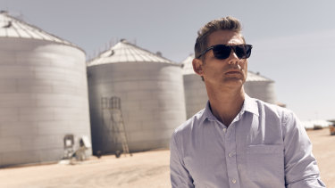 Eric Bana plays a Federal Police agent who returns to his hometown in The Dry.