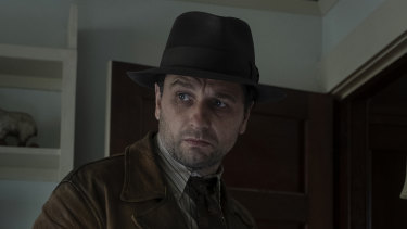 Matthew Rhys in the new HBO series Perry Mason.