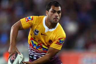 Karmichael Hunt playing for the Broncos in 2009.