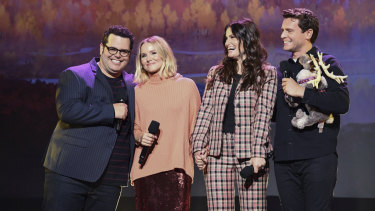 Frozen II stars Josh Gad, Kristen Bell, Idina Menzel and Jonathan Groff singing on stage at D23.