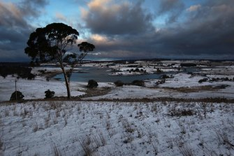 Snow in the Central Tablelands around Oberon and Black Springs in a file picture.