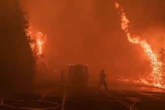 Fire hammers Bilpin on December 21.