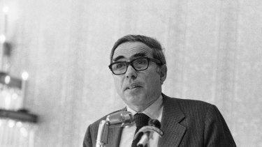 Felix Rohatyn was head of public-benefits corporation created and is credited with playing a leading role in rescuing the city from insolvency in the 1970s.