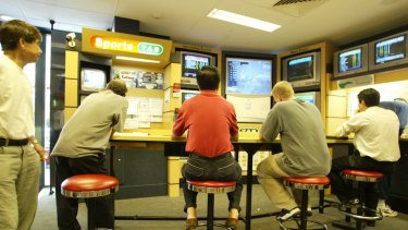 Tabcorp will give special offers to customers who go to TAB venues to place bets online.