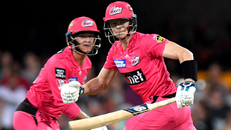 Steve Smith upstaged by his blond clone in his BBL return