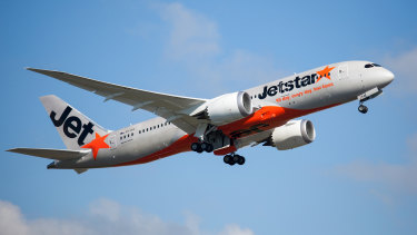 Jetstar ground crew will go on strike on Friday, followed by pilots on Saturday and Sunday.