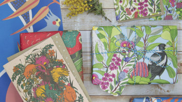 Sustainable wrapping goods from Earth Greetings