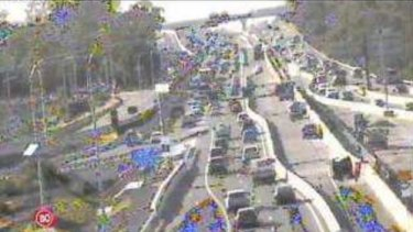 Congestion northbound on the Pacific Motorway at Rochedale.